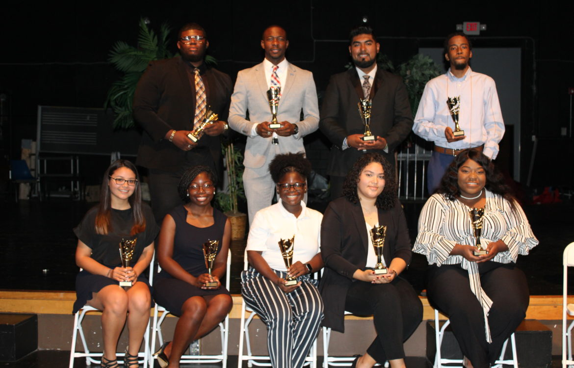 Student Interns Receive Falcon Star Awards during Showcase Symposium